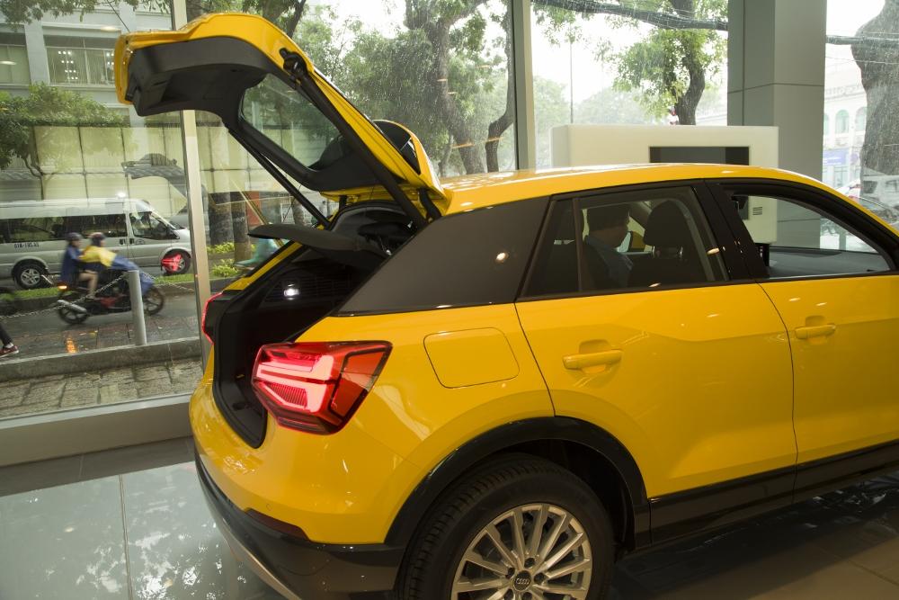 Audi-Q2-2017-ve-Viet-Nam-re-hon-Mercedes-GLA-200-anh-8