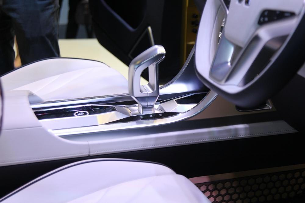 VMS-2017-Mitsubishi-XM-dap-tan-u-am-thi-truong-xe-MPV-nho-Viet-anh-16