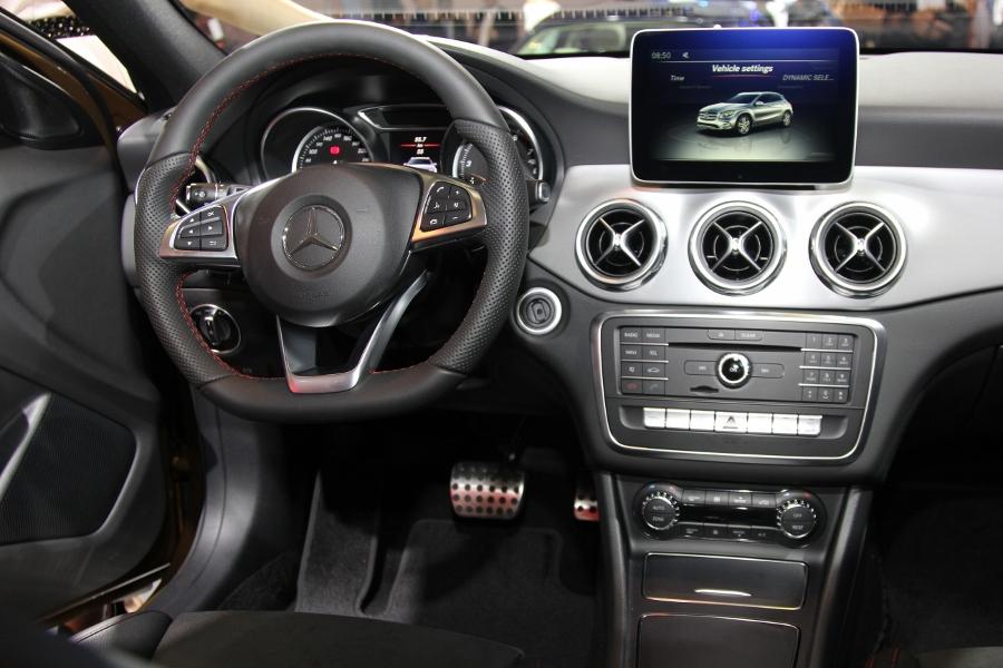 VMS-2017-Net-bat-ngo-tren-GLA-SUV-hang-nhap-gia-re-nhat-cua-Mercedes-Benz-anh-5