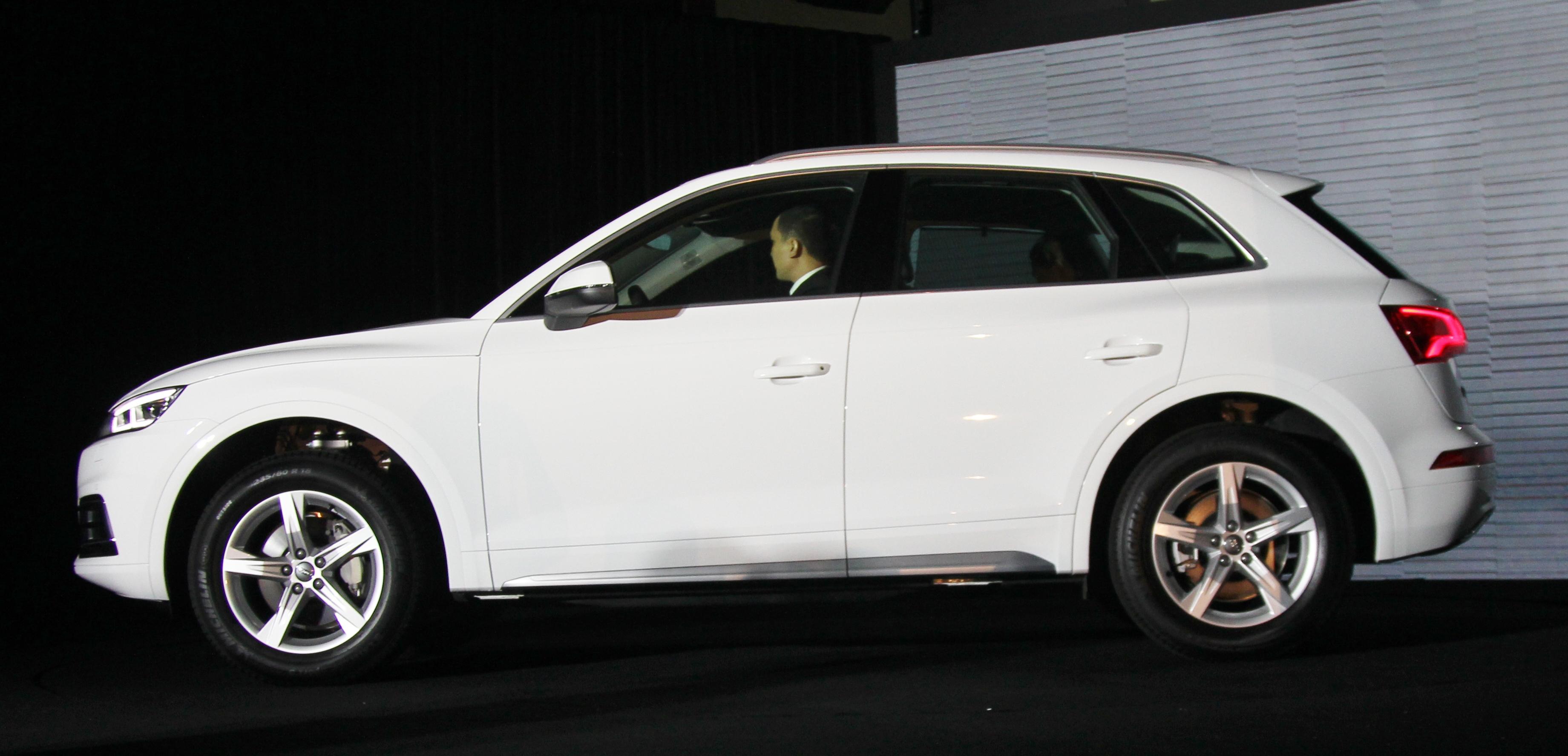 Audi-Viet-Nam-ra-mat-Q5-hoan-toan-moi-gia-tu-2-den-2,5-ty-anh-2