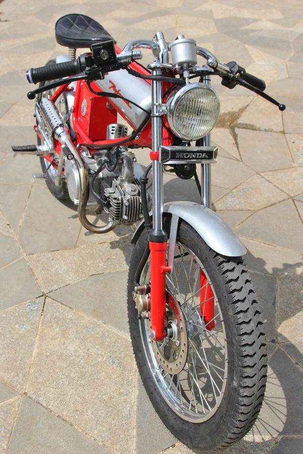 Tho-Sai-Gon-do-Honda-Win-100-Cafe-Racer-doc-nhat-vo-nhi-anh-10