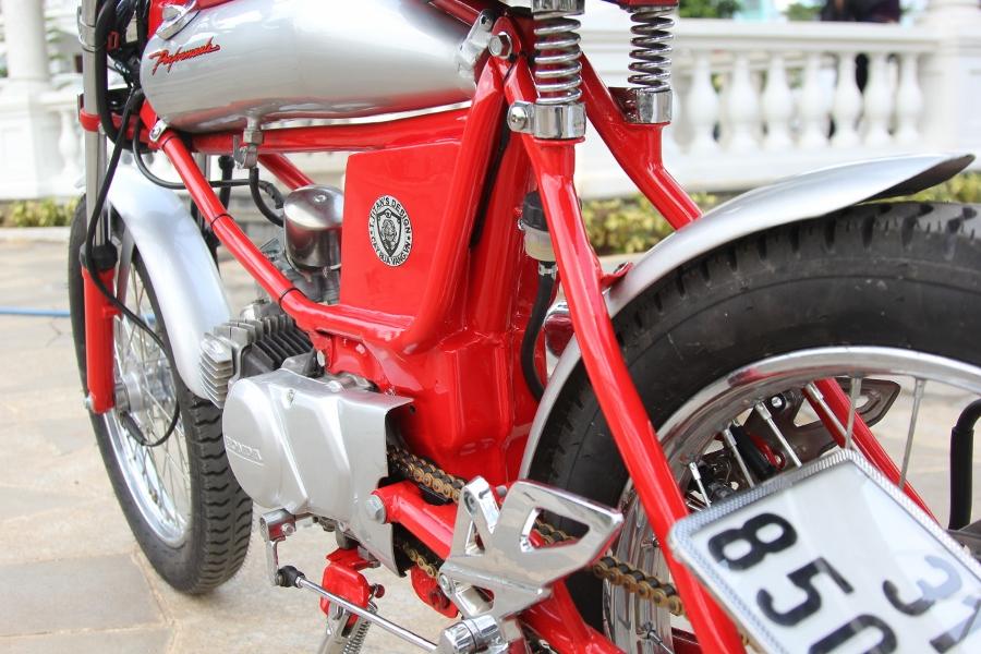 Tho-Sai-Gon-do-Honda-Win-100-Cafe-Racer-doc-nhat-vo-nhi-anh-8
