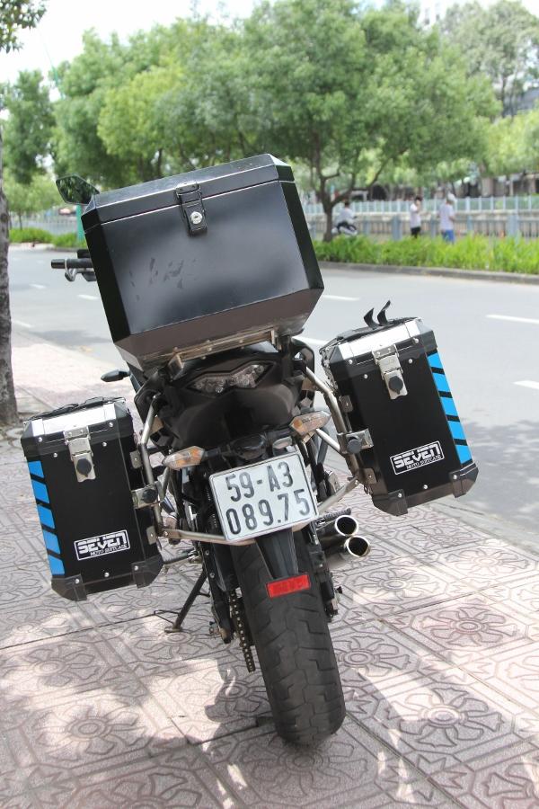 Kawasaki-Versys-650-mo-to-gia-hoi-cho-mua-phuot-cuoi-nam-anh-7