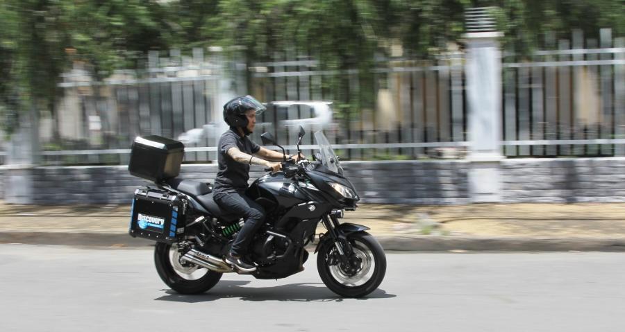 Kawasaki-Versys-650-mo-to-gia-hoi-cho-mua-phuot-cuoi-nam-anh-1