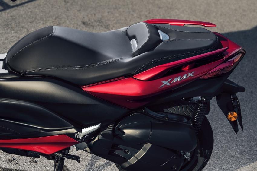 Yamaha-X-Max-125cc-2018-co-he-thong-kiem-soat-do-bam-duong-anh-8
