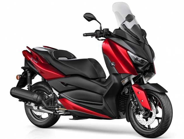 Yamaha-X-Max-125cc-2018-co-he-thong-kiem-soat-do-bam-duong-anh-12