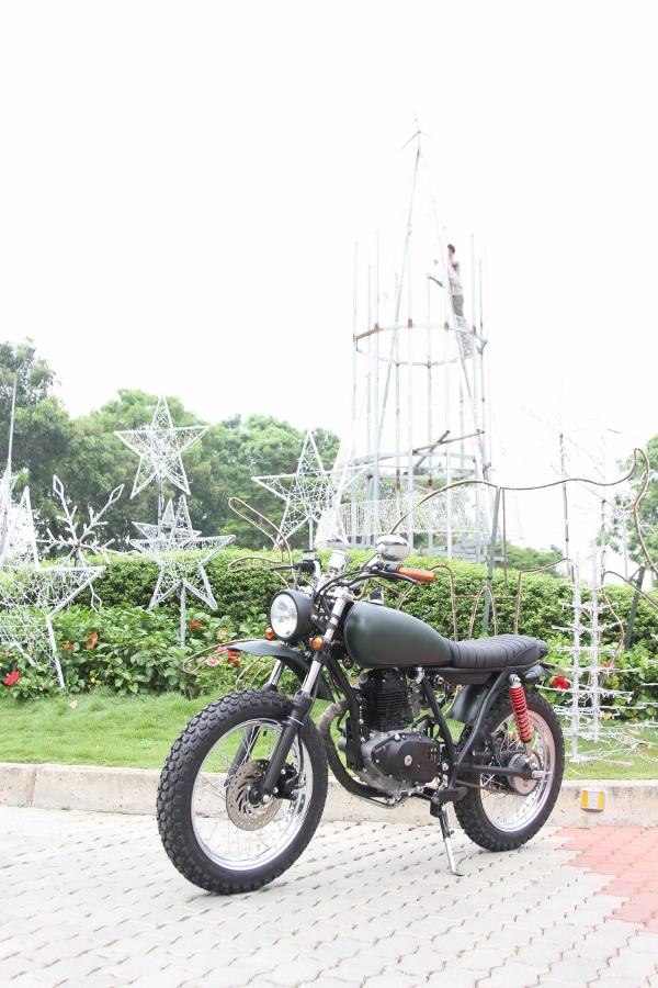 Suzuki-GN125-len-doi-Tracker-nha-binh-anh-7
