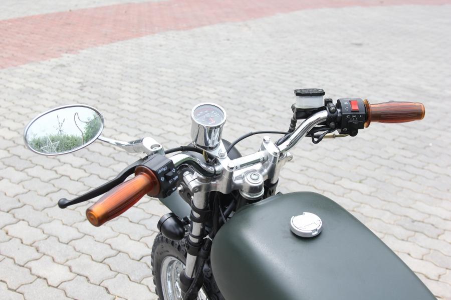 Suzuki-GN125-len-doi-Tracker-nha-binh-anh-6