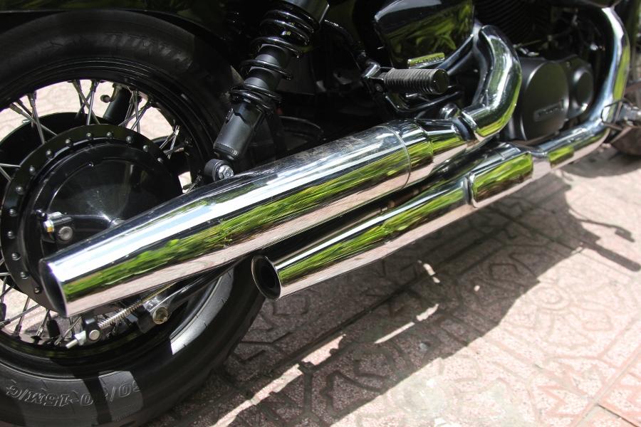 Honda-Shadow-750-Quy-ong-diem-tinh-tren-pho-thi-anh-4
