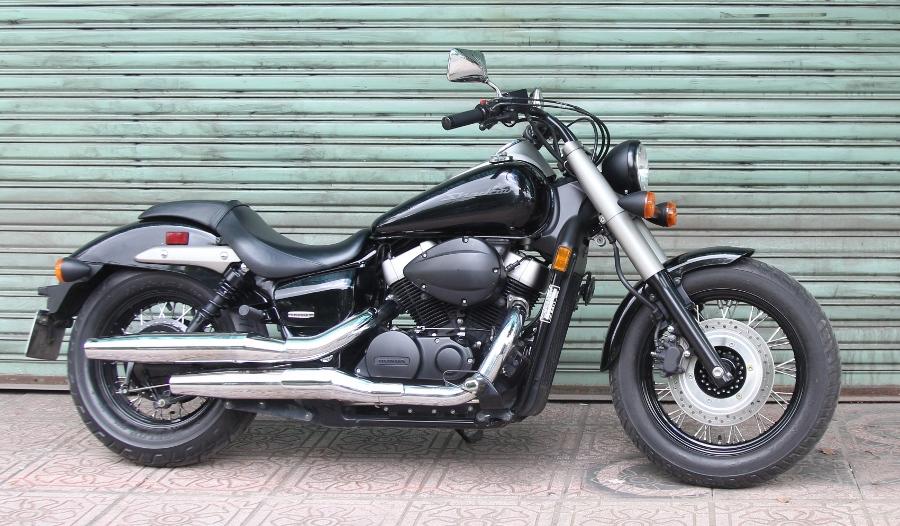 Honda-Shadow-750-Quy-ong-diem-tinh-tren-pho-thi-anh-9