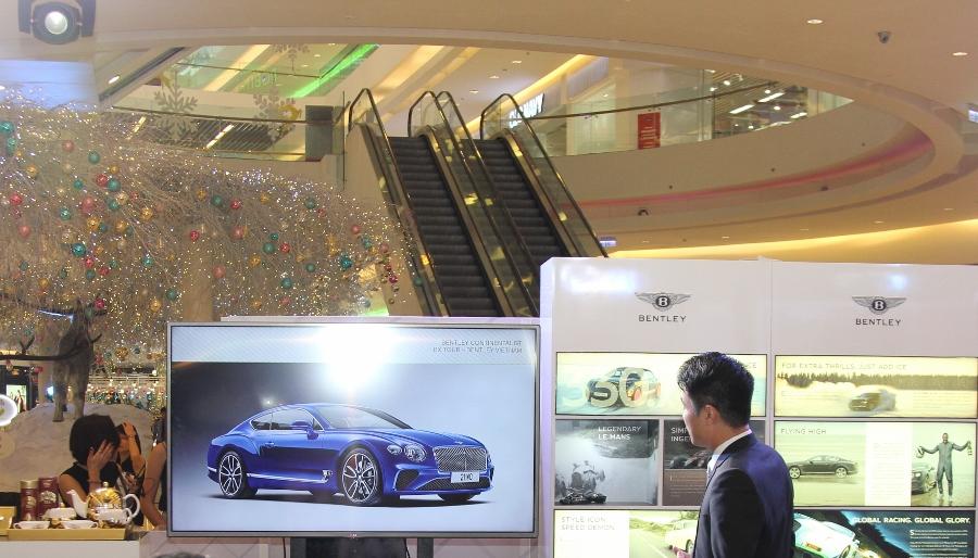 Bentley-trien-lam-xe-cuc-dat-tien-tai-Sai-Gon-anh-12