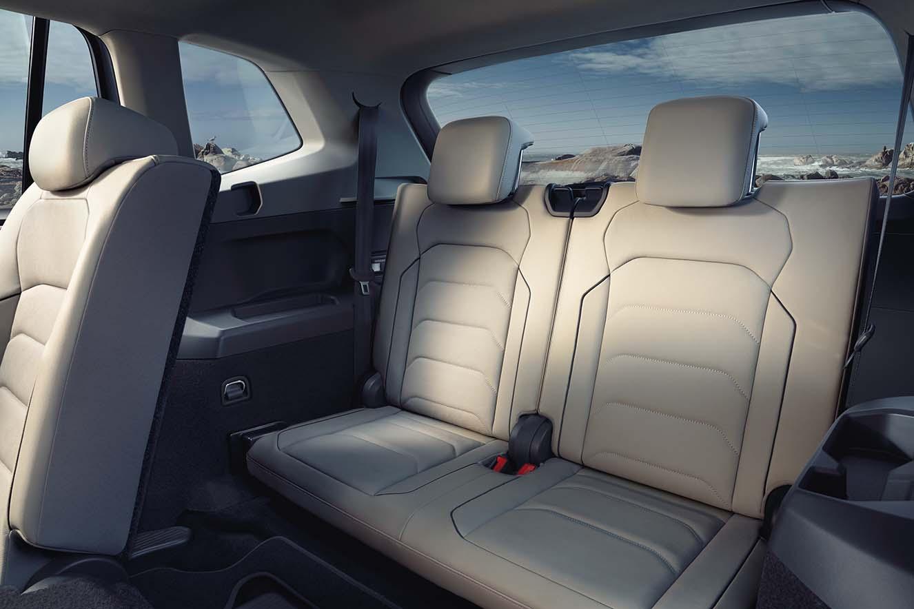 Ly-do-SUV-7-cho-Volkswagen-Tiguan-Allspace-2018-tang-gia-hon-400-trieu-dong-anh-4