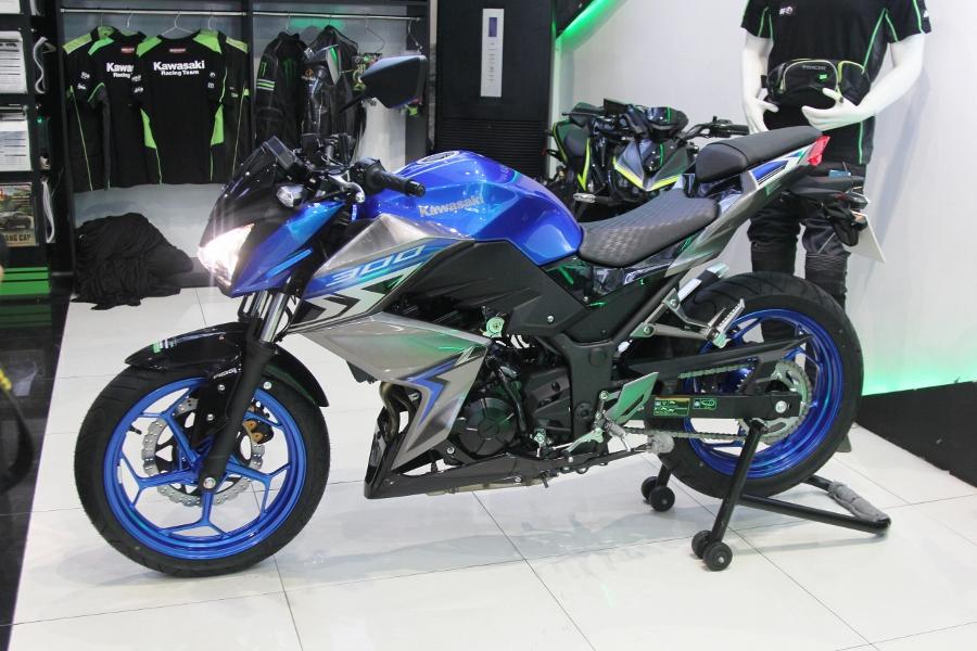 Nakedbike-Kawasaki-Z300-2018-gia-129-trieu-dong-co-gi-hon-doi-thu-anh-1