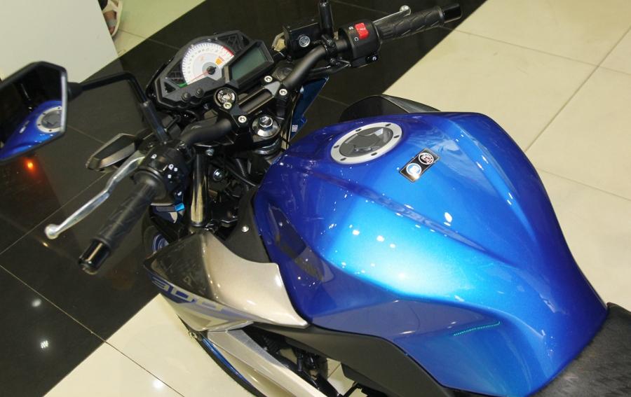 Nakedbike-Kawasaki-Z300-2018-gia-129-trieu-dong-co-gi-hon-doi-thu-anh-11