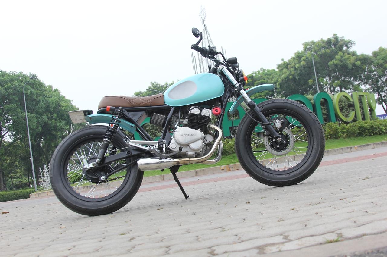 Honda-CBT125-bien-hoa-voi-kieu-do-Tracker-moi-anh-1