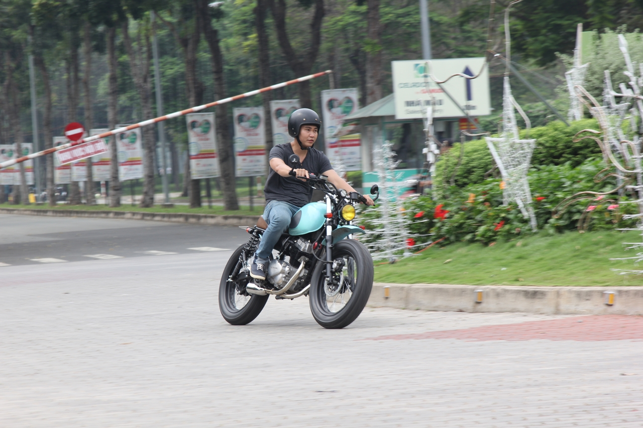 Honda-CBT125-bien-hoa-voi-kieu-do-Tracker-moi-anh-20