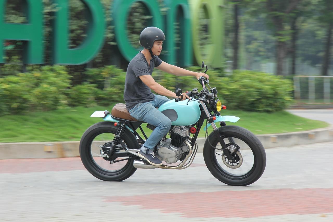 Honda-CBT125-bien-hoa-voi-kieu-do-Tracker-moi-anh-3