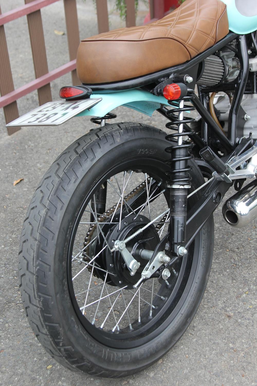 Honda-CBT125-bien-hoa-voi-kieu-do-Tracker-moi-anh-13