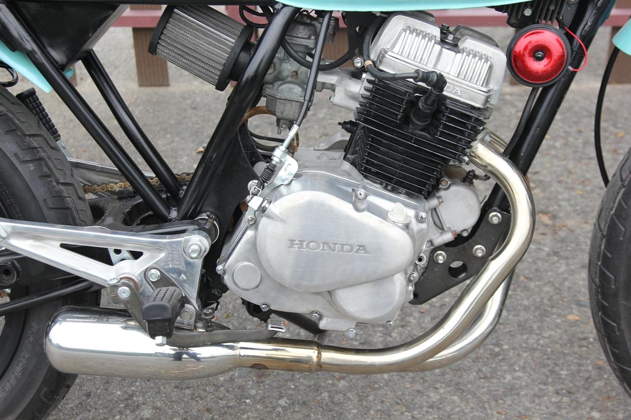 Honda-CBT125-bien-hoa-voi-kieu-do-Tracker-moi-anh-17