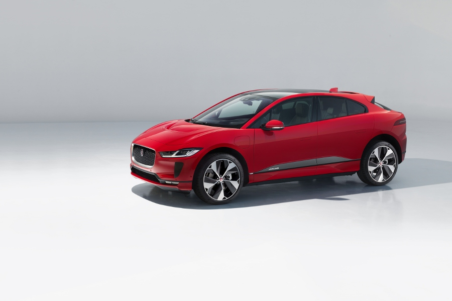 Jaguar-ra-mat-xe-SUV-dien-khung-400-ma-luc-suc-keo-tam-700Nm
