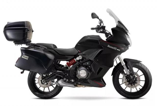 Xe-phuot-Benelli-302-Tourer-2018-canh-tranh-Kawasaki-Versys-X300-anh-5