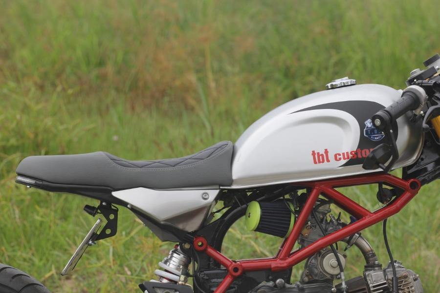 Tho-Sai-Gon-do-Honda-Win-100-Gia-sinh-vien-nhung-du-doc-anh-12