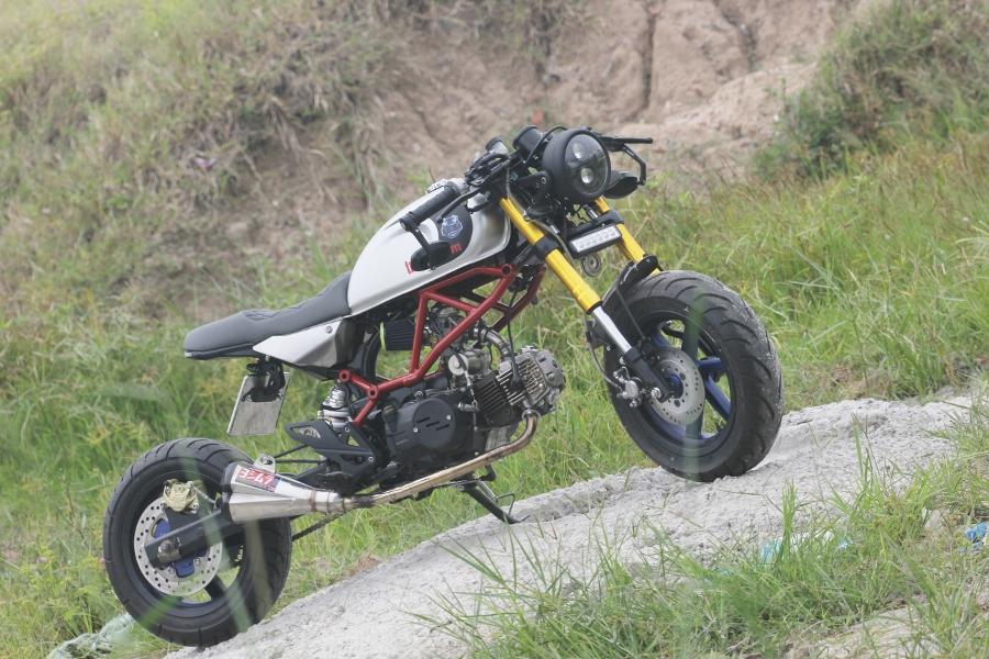 Tho-Sai-Gon-do-Honda-Win-100-Gia-sinh-vien-nhung-du-doc-anh-6