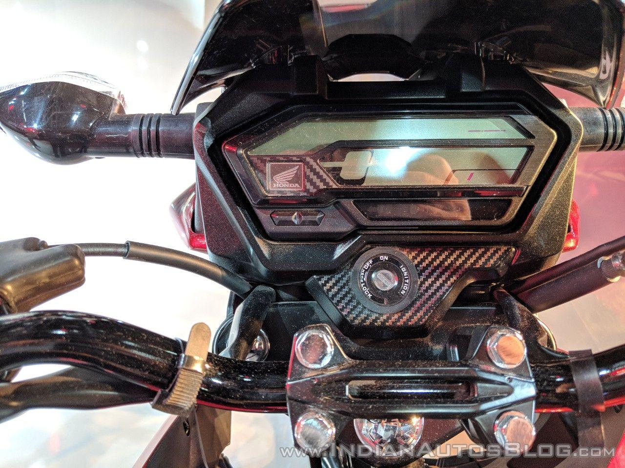 Ra-mat-nakedbike-Honda-X-Blade-gia-27-trieu-dong-anh-2