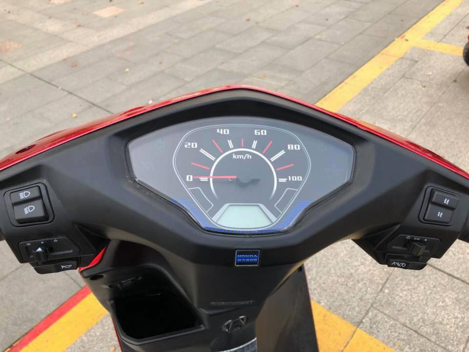 Xe-may-dien-Honda-ve-Viet-Nam-gia-40-trieu-dong-anh-4