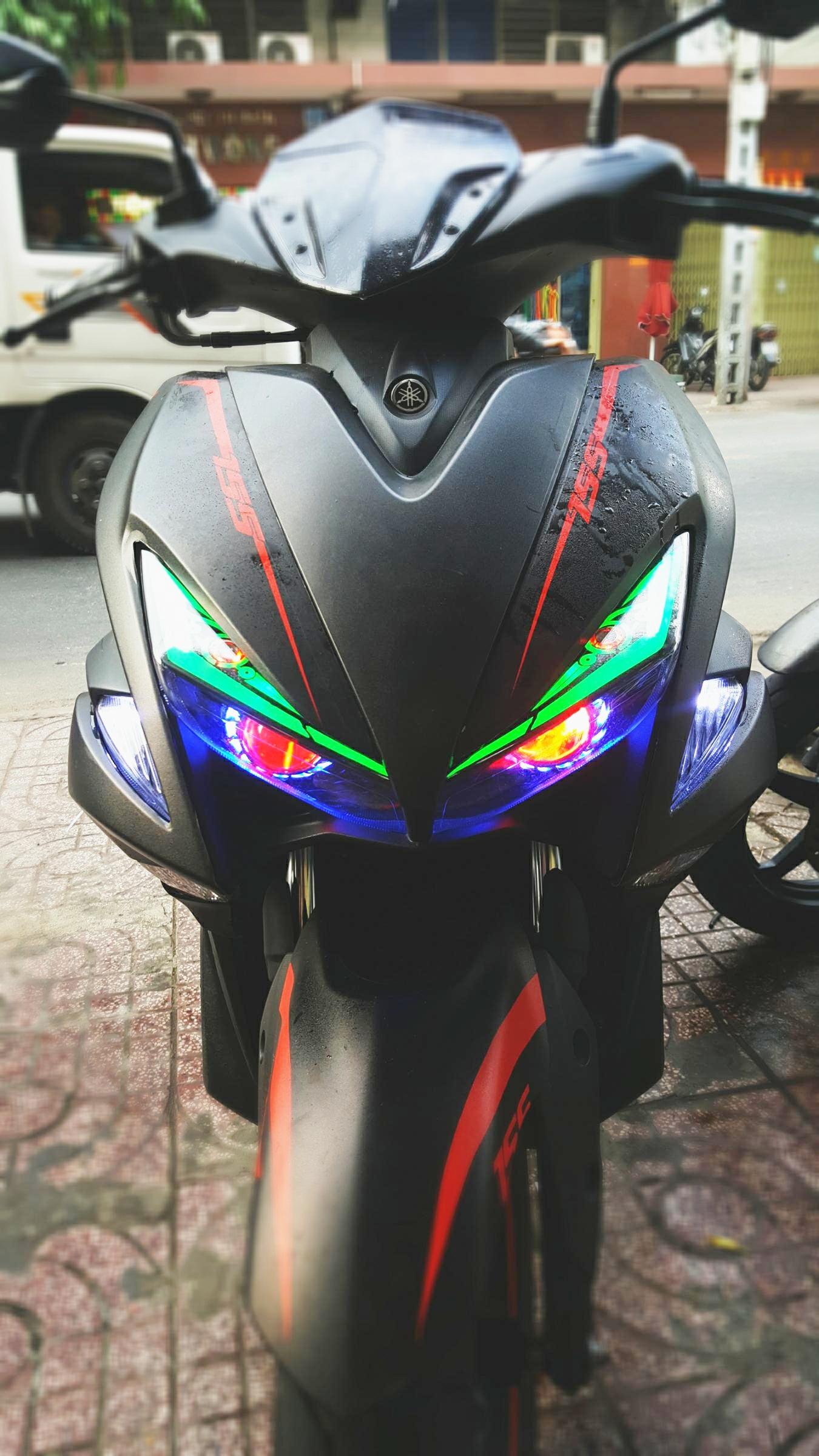 Yamaha-NVX-ruc-ro-sau-khi-do-den-LED-Audi-A9s-model-2018-anh-6