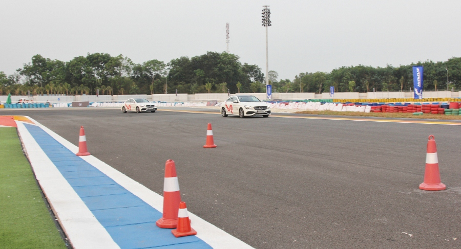 MBDA-2018-Hoc-chay-theo-vach-ly-tuong-Racing-Line-tai-duong-dua-Dai-Nam-anh-5