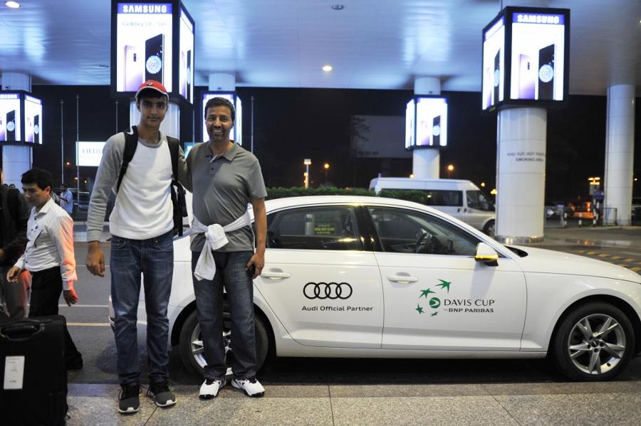 Audi-cap-xe-xin-cho-giai-quan-vot-Davis-Cup-2018-o-Ha-Noi-anh-4