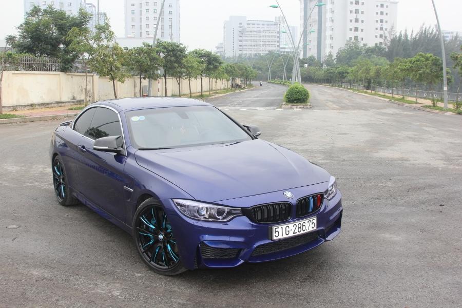 Cam-giac-lai-manh-me-kho-quen-sau-vo-lang-BMW-430i-mui-tran-tai-Sai-thanh-anh-5