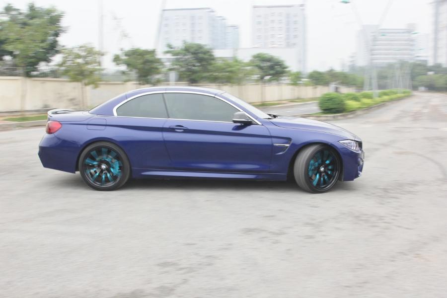 Cam-giac-lai-manh-me-kho-quen-sau-vo-lang-BMW-430i-mui-tran-tai-Sai-thanh-anh-2