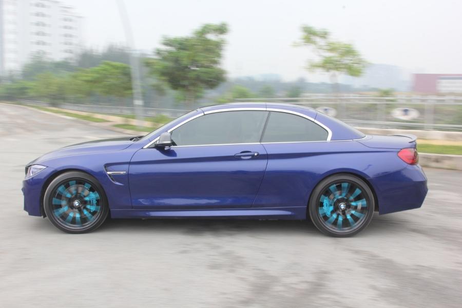 Cam-giac-lai-manh-me-kho-quen-sau-vo-lang-BMW-430i-mui-tran-tai-Sai-thanh-anh-10