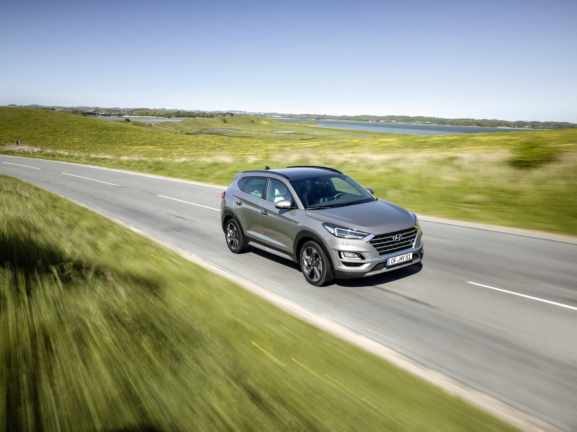 Hyundai-Tucson-2019-xe-sach-va-tiet-kiem-nho-Hybrid-diesel-anh-1