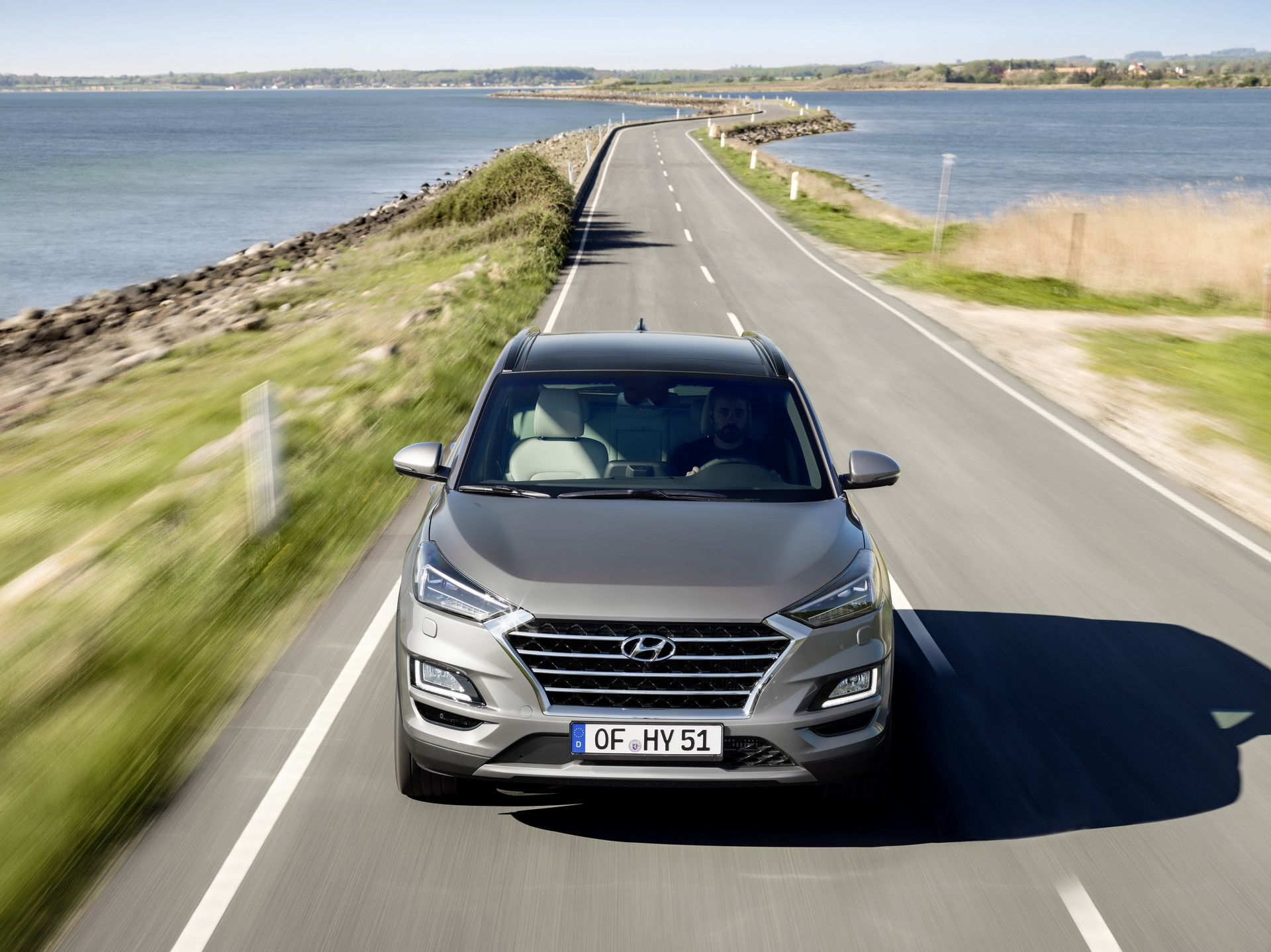 Hyundai-Tucson-2019-xe-sach-va-tiet-kiem-nho-Hybrid-diesel-anh-2