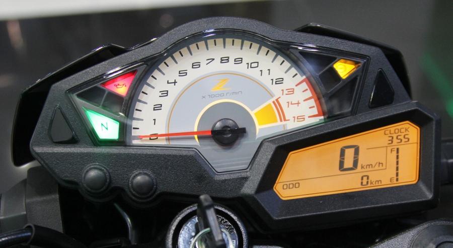 Kawasaki-Ninja-650-2018-Sportbike-an-so-tren-duong-Viet-anh-8