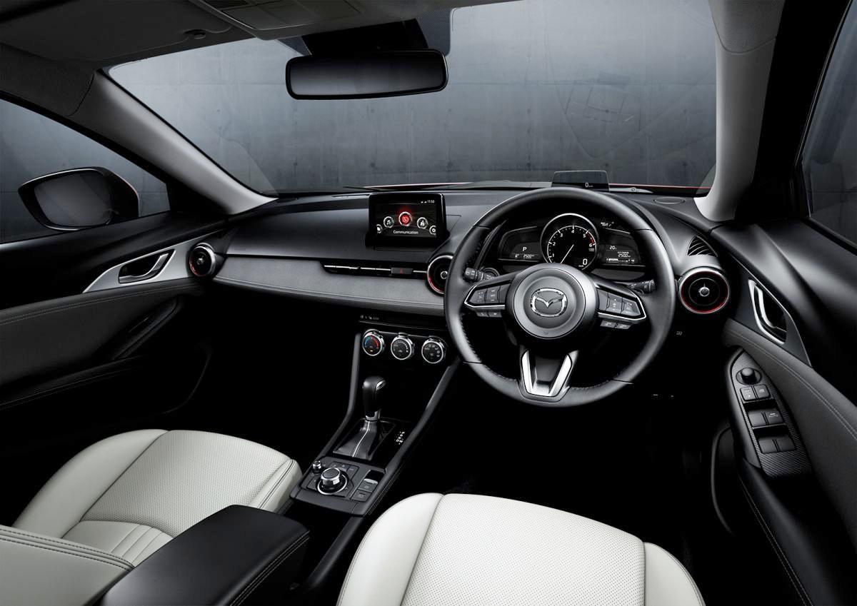 Mazda-CX-3-ban-nang-cap-2018-ra-mat-Dong-Nam-A-gia-tu-689-trieu-dong-anh-3