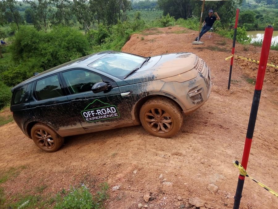 Trai-nghiem-Land-Rover-tu-offroad-anh-14