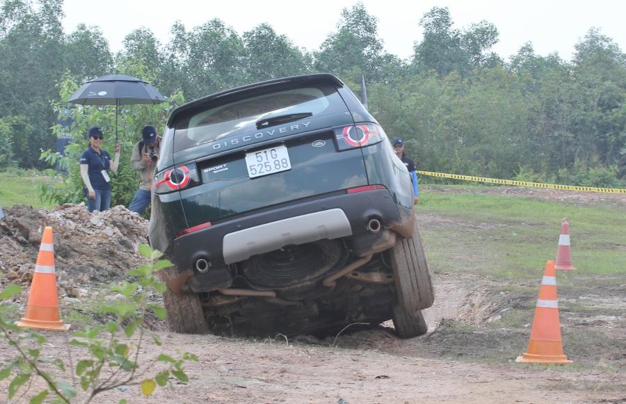 Trai-nghiem-Land-Rover-tu-offroad-anh-6