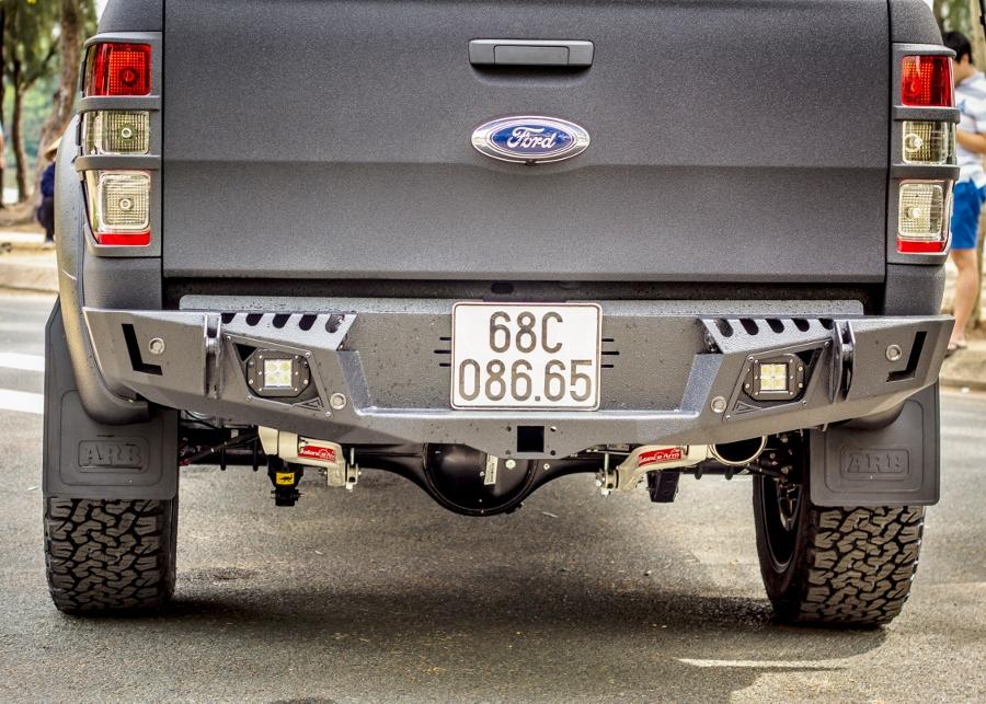Bien-xe-pick-up-thanh-chien-binh-dep-nhu-xe-concept-anh-6