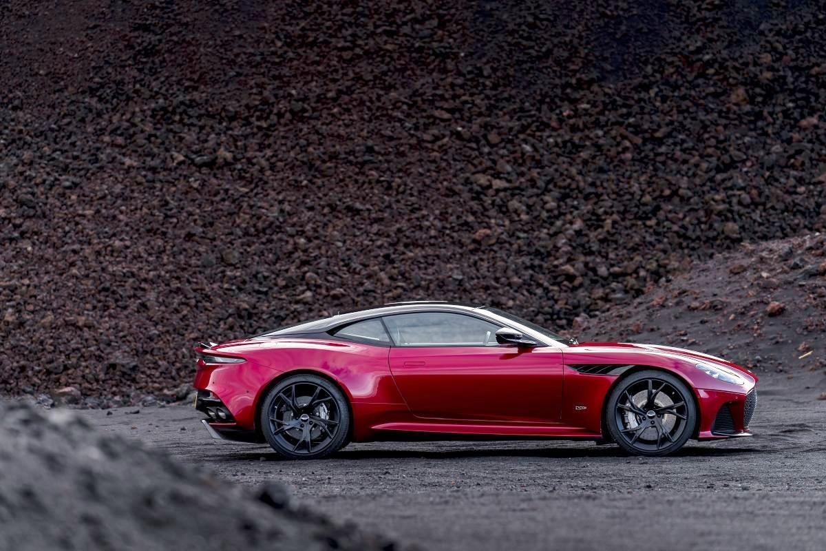 Sieu-xe-715-ma-luc-Aston-Martin-DBS-Superleggera-anh-7