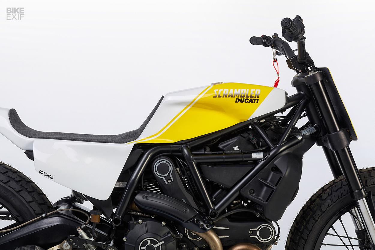 Ducati-Scrambler-cuc-ngau-sau-khi-do-Tracker-anh-5