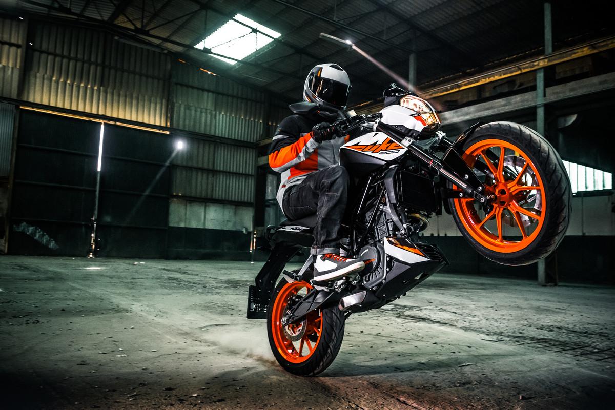 KTM-Duke-200-2018-gia-68-trieu-dong-tai-Malaysia-anh-5