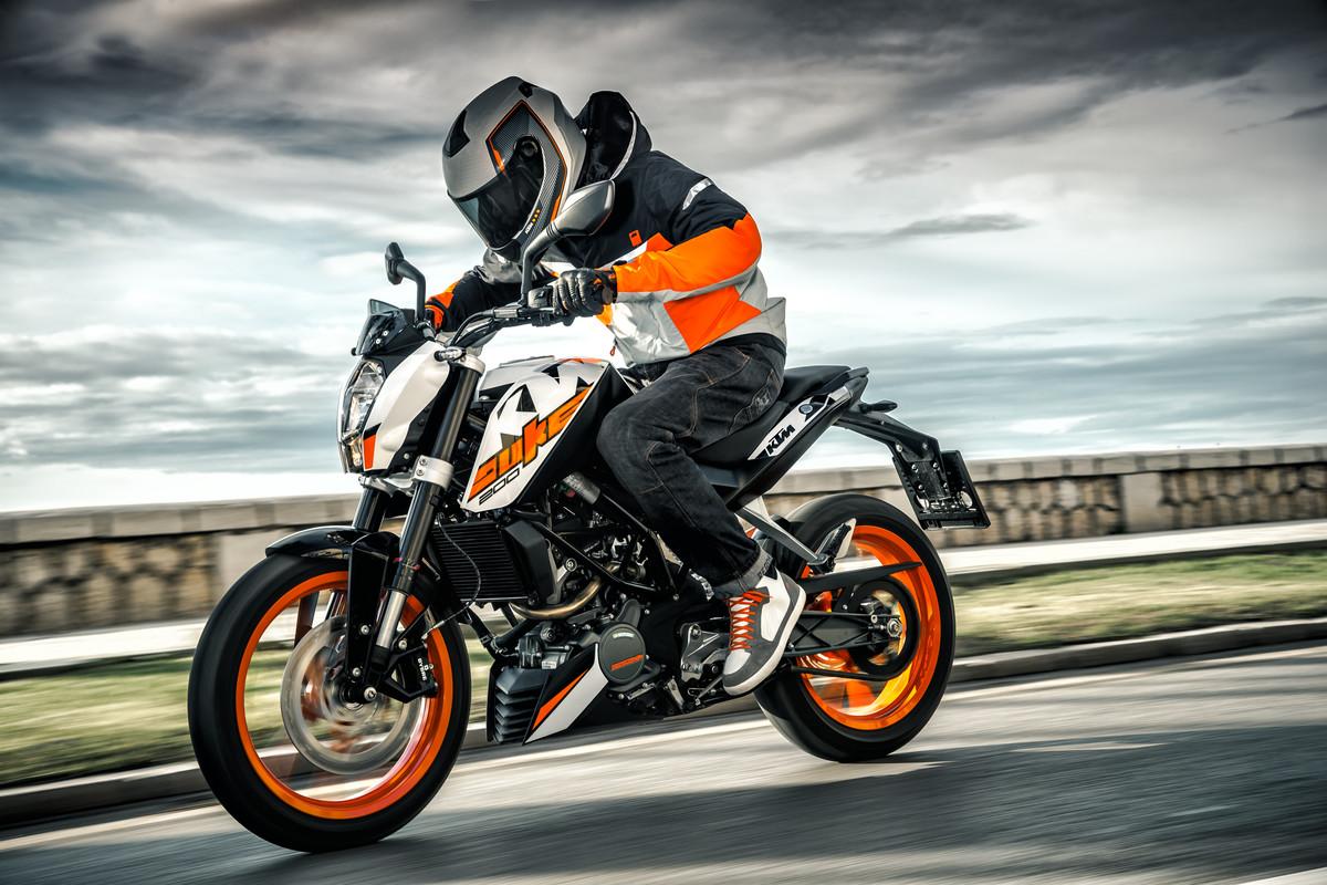 KTM-Duke-200-2018-gia-68-trieu-dong-tai-Malaysia-anh-8