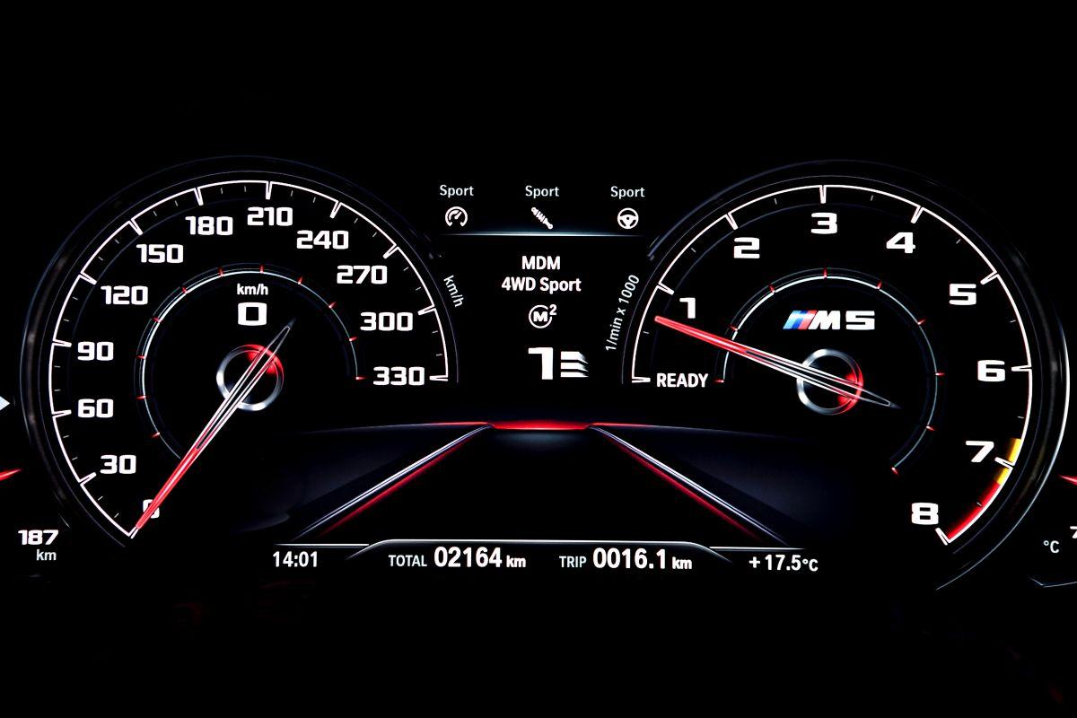 BMW-M5-2018-manh-nhat-cho-cac-tin-do-toc-do-anh-6