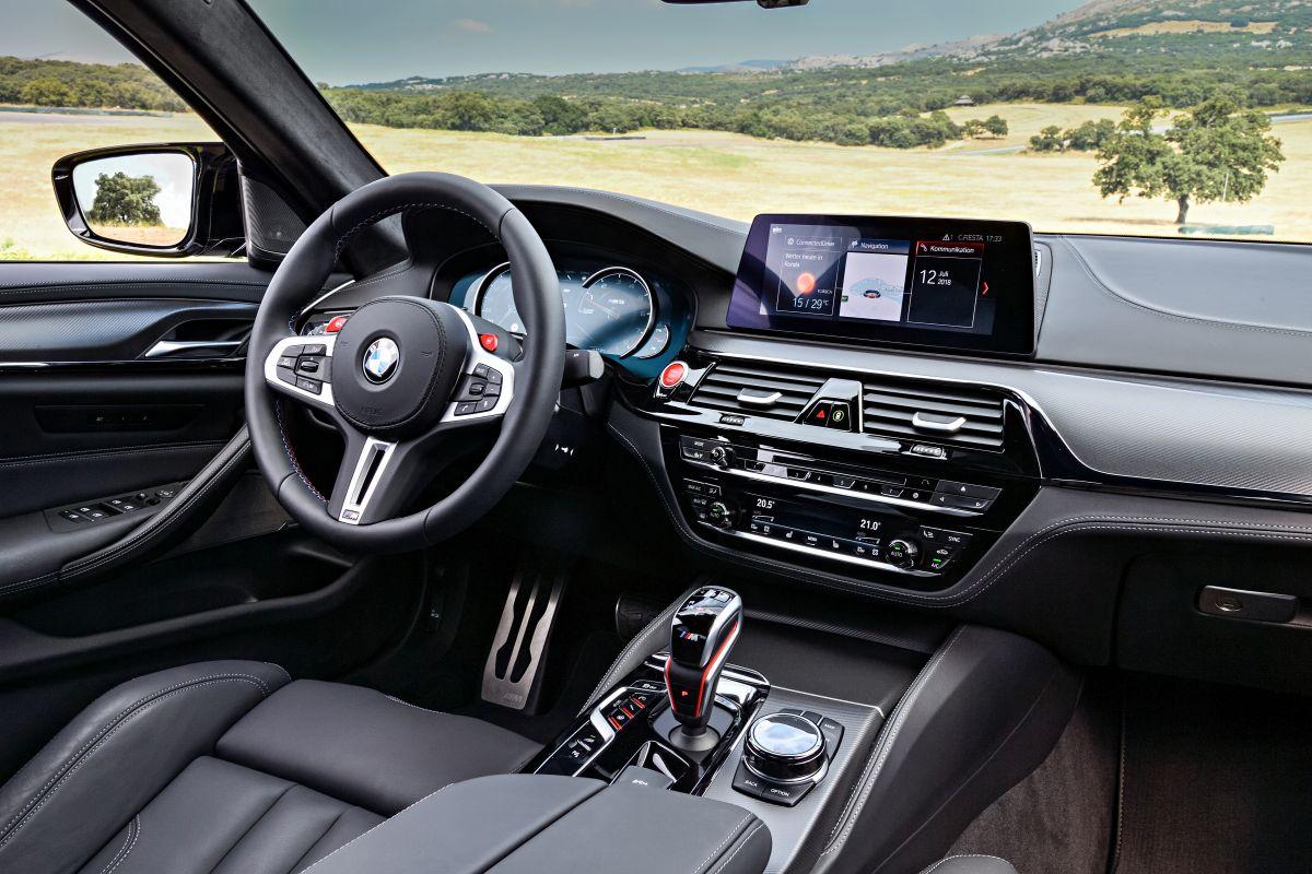 BMW-M5-2018-manh-nhat-cho-cac-tin-do-toc-do-anh-10
