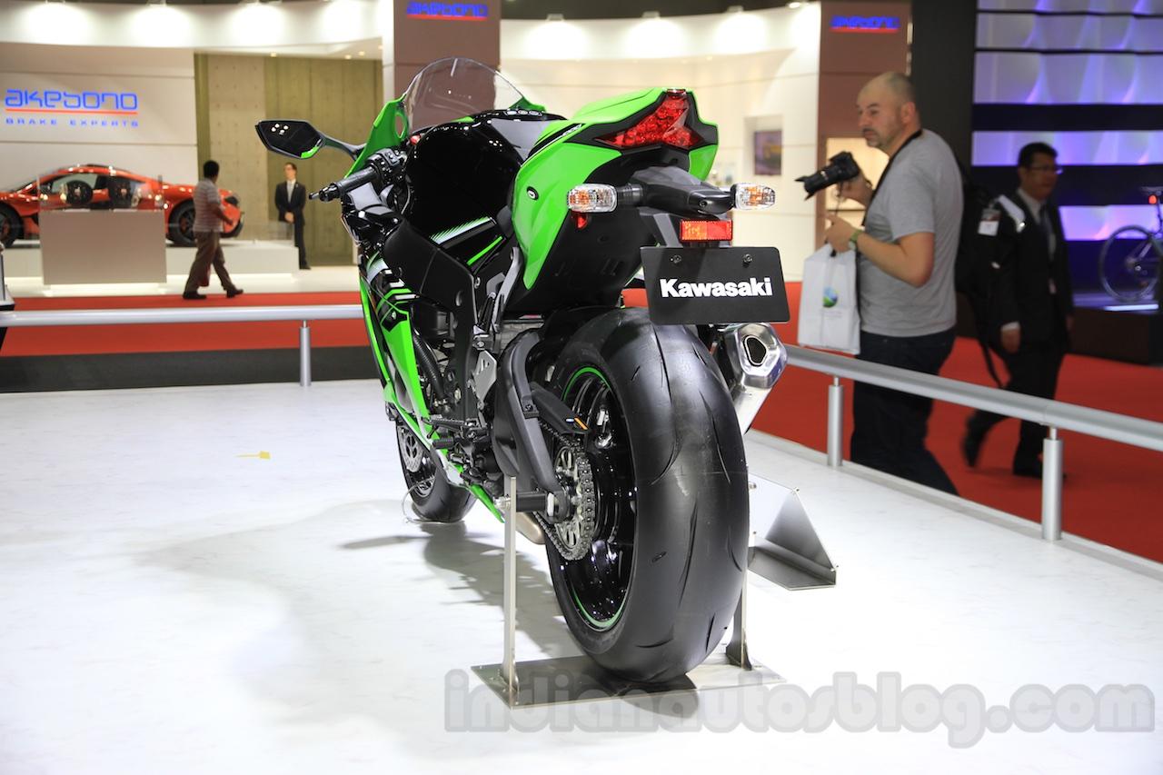 Kawasaki-Ninja-ZX-10R-ban-chay-tai-An-Do-nho-cong-nghe-khung-anh-4