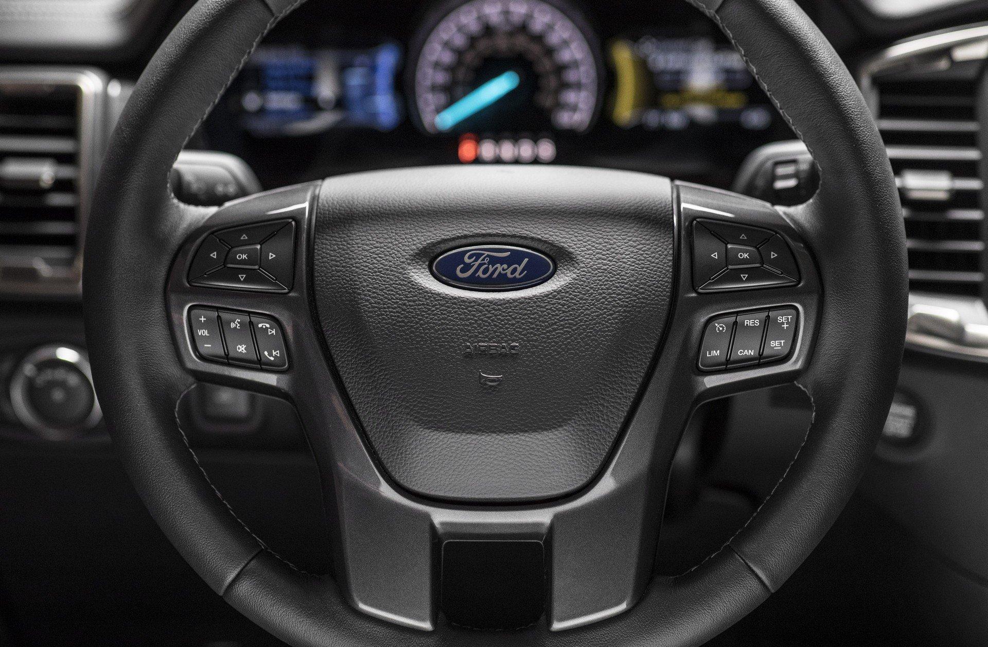 Ford-Ranger-2019-co-gia-tu-567-trieu-dong-anh-4